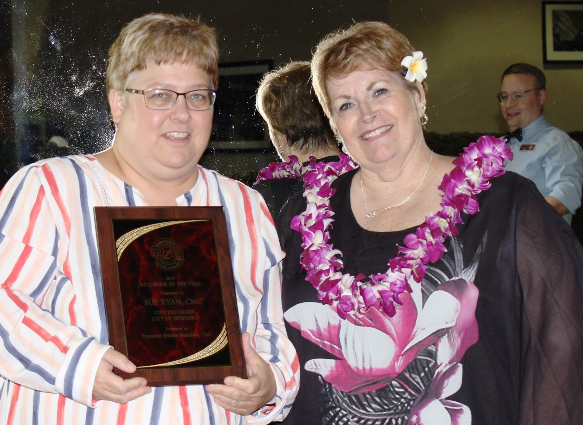 Sue Ryan and President Debbie Hamilton